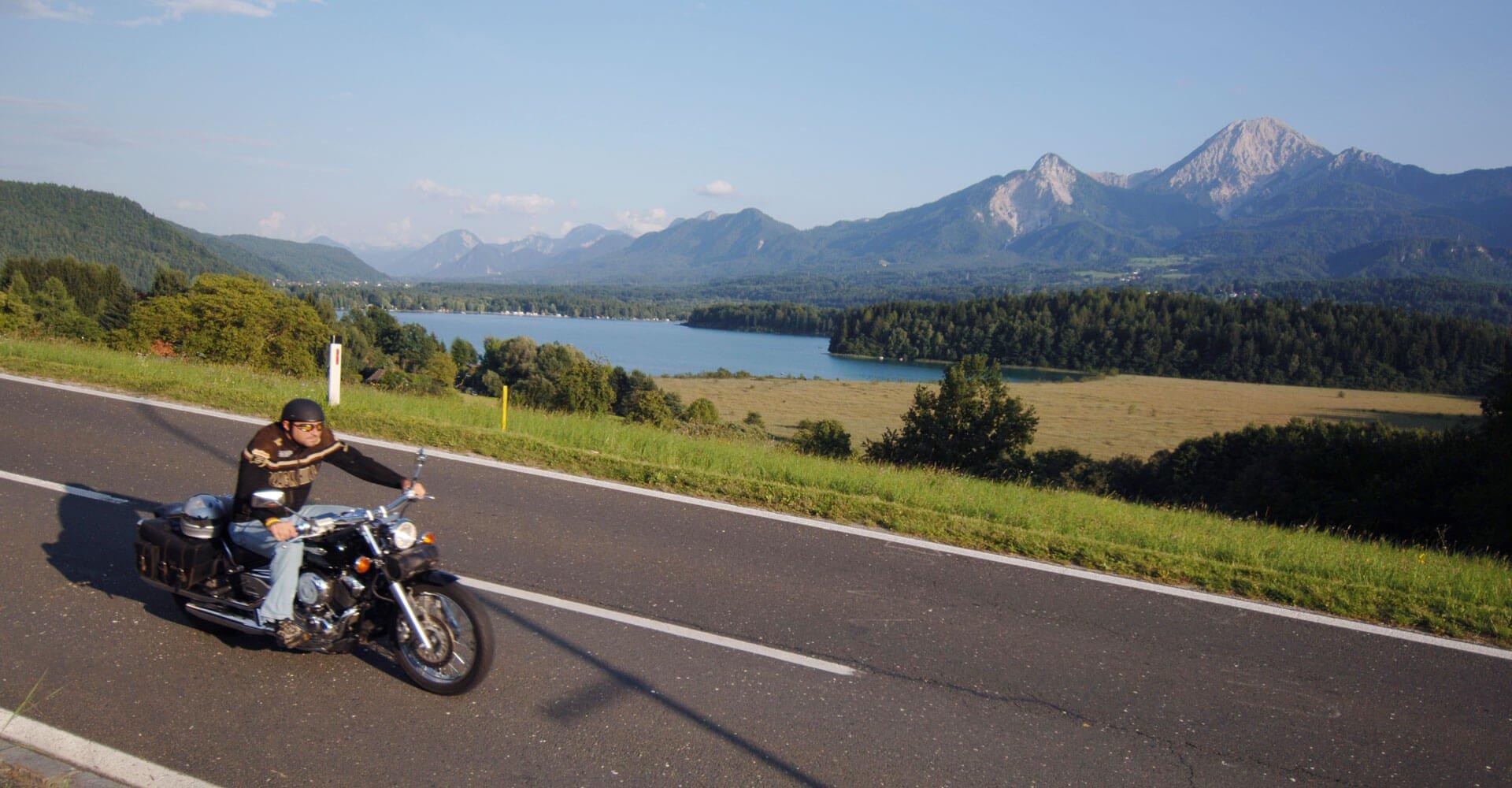 Motorradfahrt durch Kärnten von Pension Pilsachhof - zentrale Lage Nähe Villach am Ossiacher See bei Gerlitzen Alpe in Arriach
